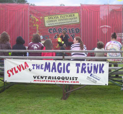 Sylvia & The Magic Trunk Logo